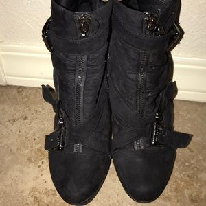 Guess ankle boots size 6